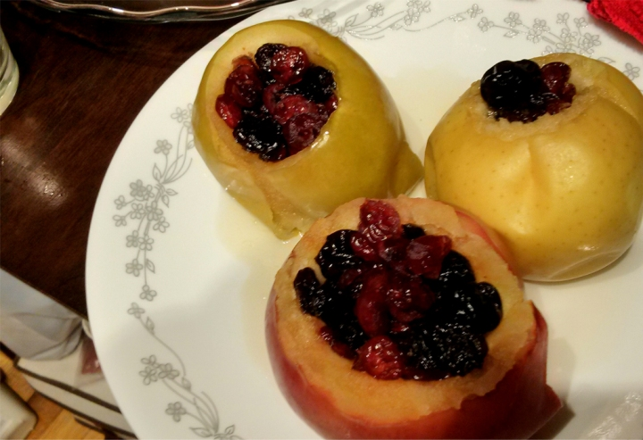 Food and Fandom: Redwall Apples