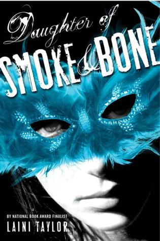 25 Reads: Daughter of Smoke and Bone by Laini Taylor